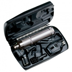 Welch Allyn 3.5V Elite Ophthalmoscope and Otoscope Diagnostic Set with C-Cell Handle